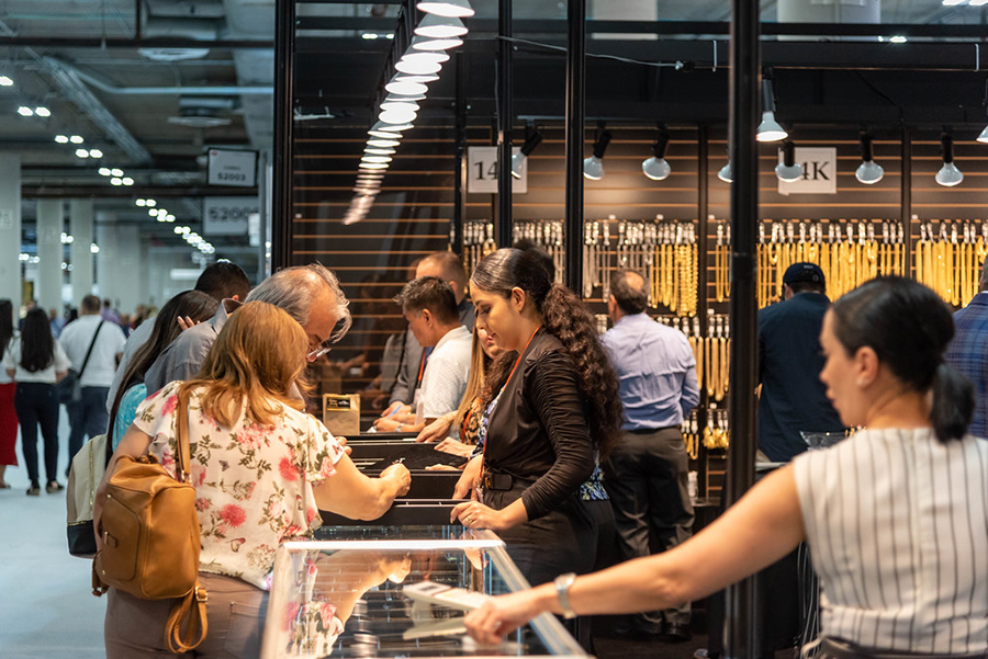High visitor turnout at JCK Las Vegas and Couture shows